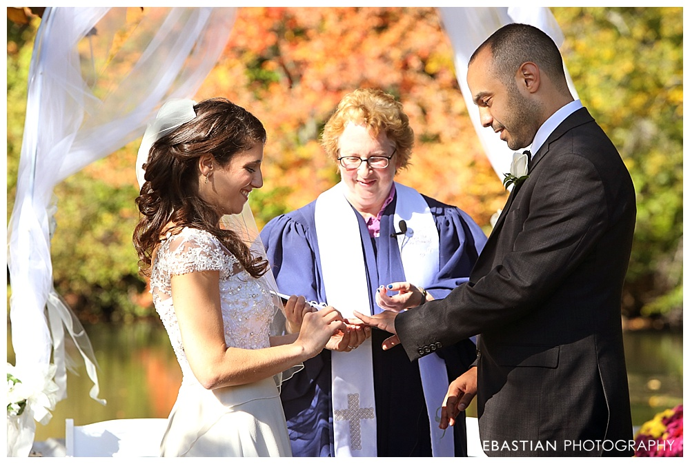 Sebastian_Photography_Studio_Wedding_Connecticut_Bride_Groom_Backyard_Fall_Autumn_NewEngland_019.jpg