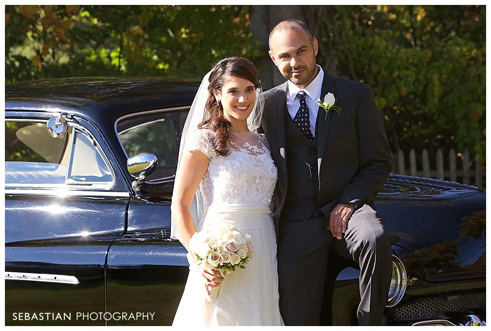 Sebastian_Photography_Studio_Wedding_Connecticut_Bride_Groom_Backyard_Fall_Autumn_NewEngland_026.jpg