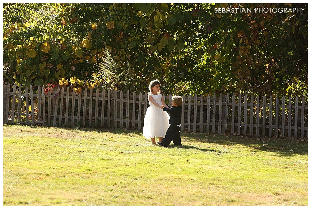 Sebastian_Photography_Studio_Wedding_Connecticut_Bride_Groom_Backyard_Fall_Autumn_NewEngland_027.jpg