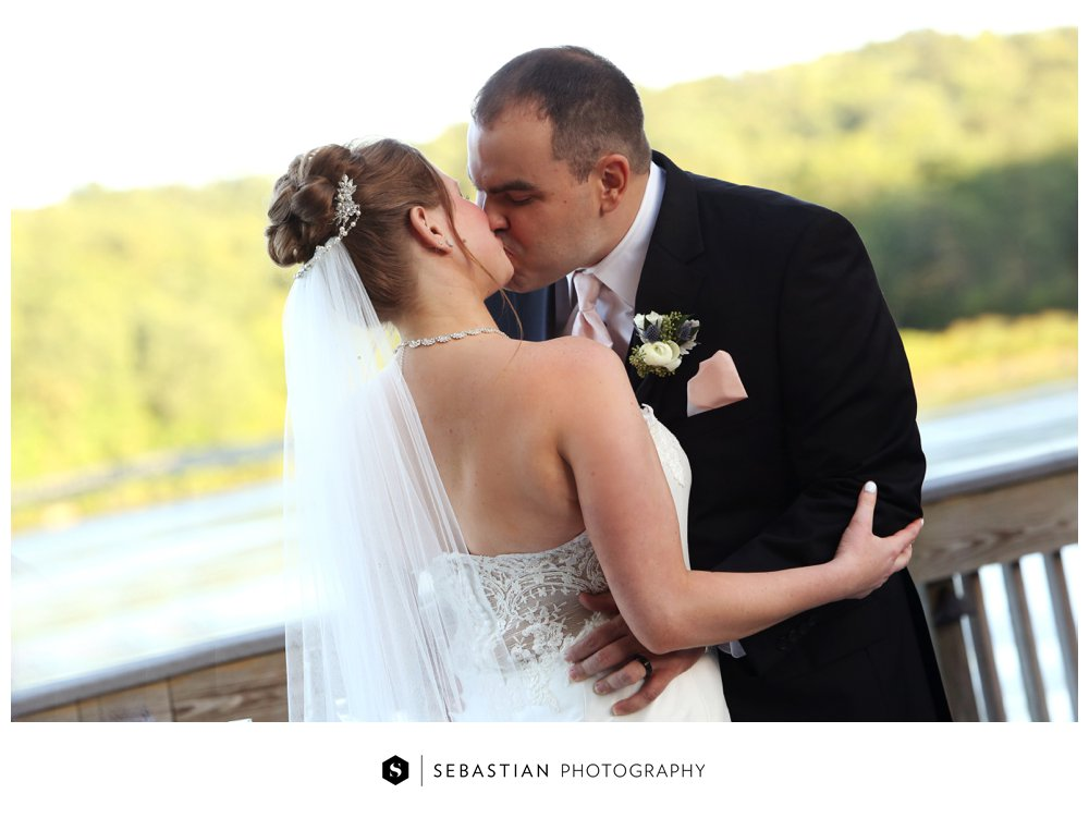 Sebastian Photography_CT Wedding Photographer_Lake of Isles_Fall Wedding_Morgan_Harbin_7045.jpg