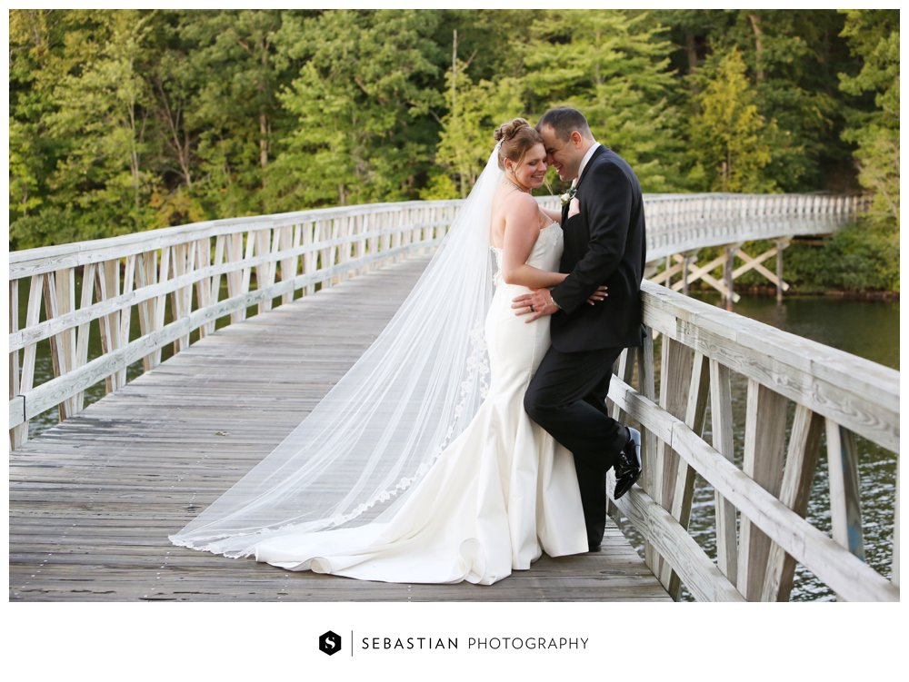 Sebastian Photography_CT Wedding Photographer_Lake of Isles_Fall Wedding_Morgan_Harbin_7058.jpg