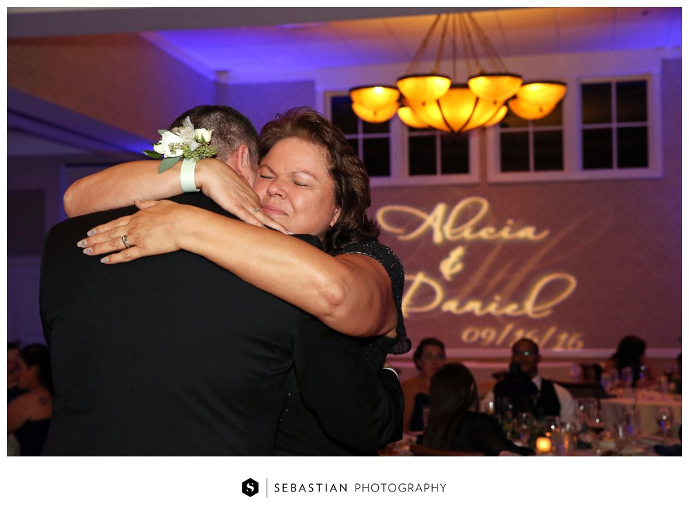 Sebastian Photography_CT Wedding Photographer_Lake of Isles_Fall Wedding_Morgan_Harbin_7082.jpg