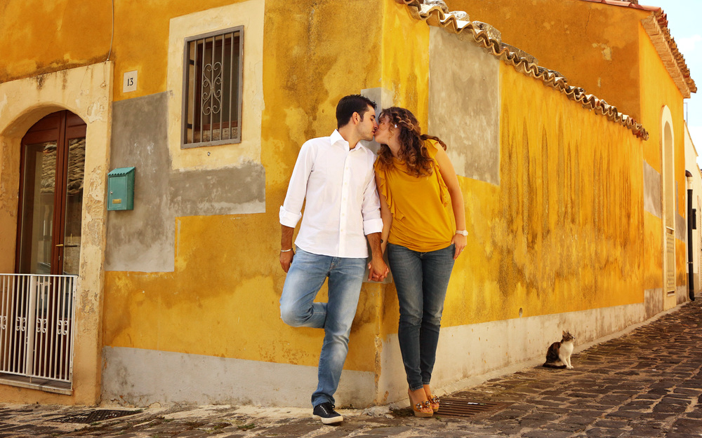 Sebastian_Photography_CT_wedding_Engagment_Photographers_01_Italy_Destination_Yellow.jpg