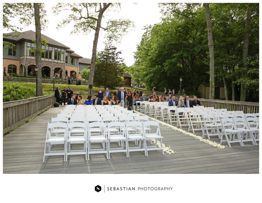 Sebastian Photography_Lake Of Isles_Wedding_7028.jpg