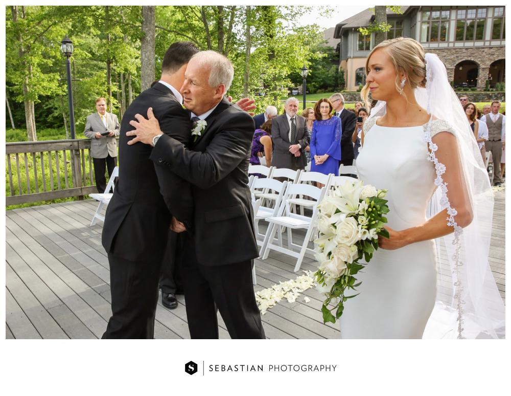 Sebastian Photography_Lake Of Isles_Wedding_7032.jpg