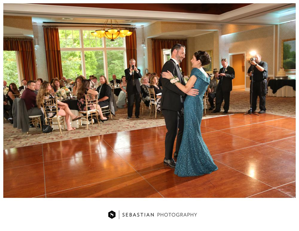 Sebastian Photography_Lake Of Isles_Wedding_7077.jpg