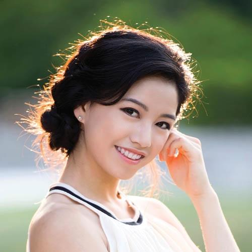 Diana Teng,Shen Yun Performing Arts lead dancer.