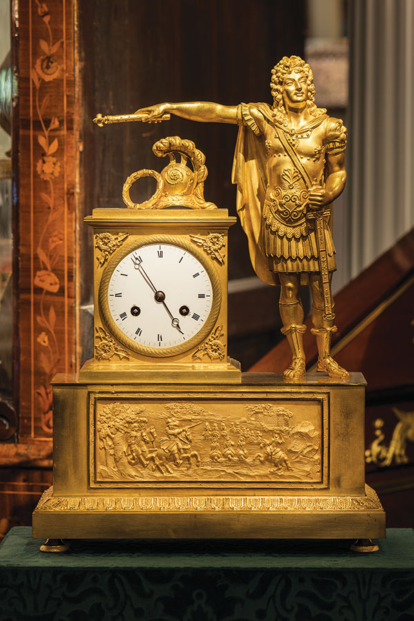 French Empire clock portrays King Louis XVI styled as Julius Caesar.