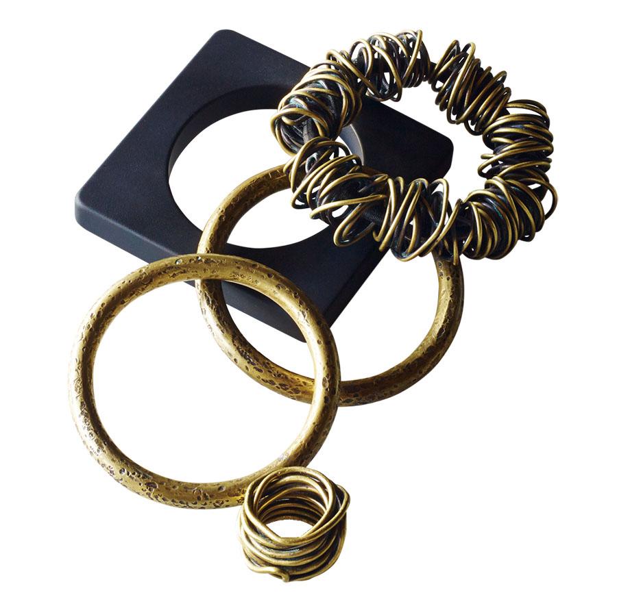 Sturdy womens jewelery