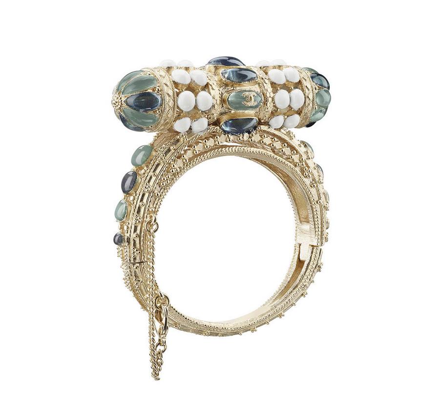Chanel Golden Metai Bracelet