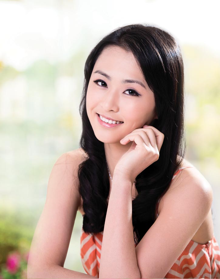 Grace Lin Makeup Professional Team: Sharing Her Passion As Her Smile Lights Up The Room