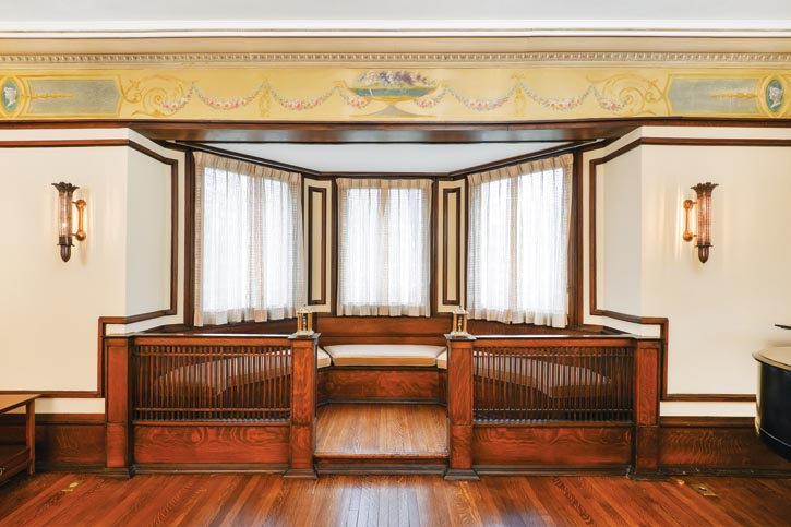 Winslow House's light fixtures were Wright's designs and paid homage to the home's original owner, a metalsmith regularly contracted to forge downtown Chicago's famous facades.