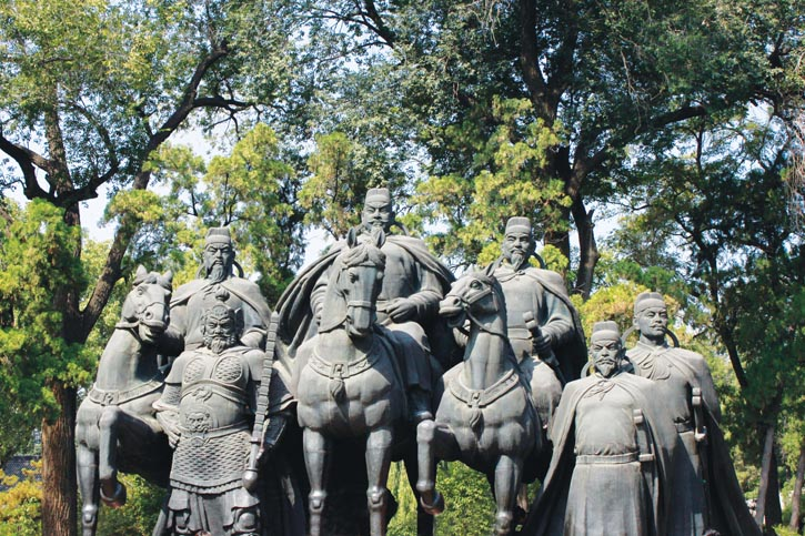 Wei Zheng is immortalized in bronze in Jinci Park, Taiyuan, Shanxi Province alongside the Tang dynasty Emperor Taizong and other meritorious ministers.