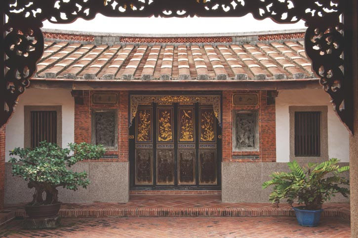 Situated in Pingtung County, Taiwan, the Siao Family's Historic Residence is a rare five-hall, defensive-style Hakka house, built with Tangshan, Hebei province materials and architects. More than 20 years in construction.
