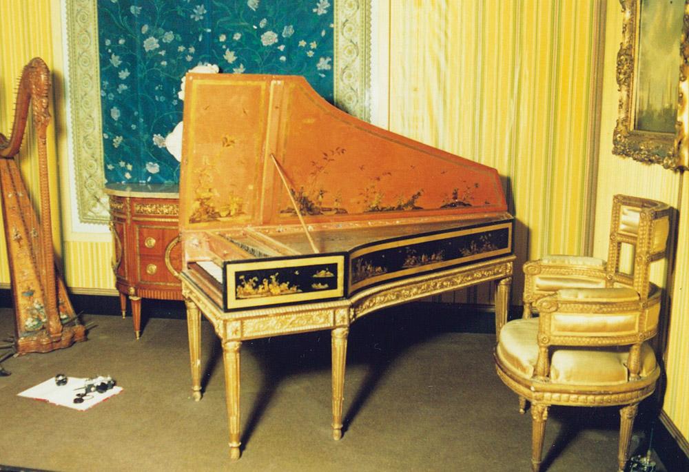 A chinoiserie harpsichord by Pascal Taskin, 1786.