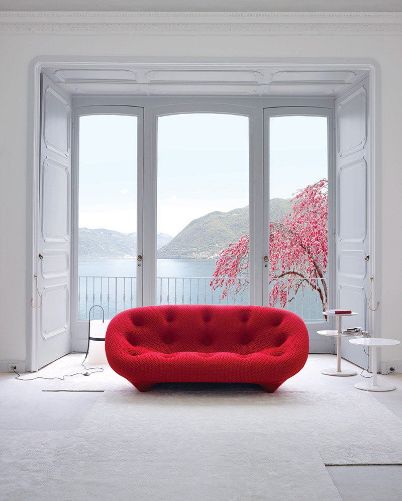 Makers of the Ploum sofa, Ligne Roset and designers R. & E. Bouroullec, explored the known limits of comfort to achieve a new type of ultra-soft foam.