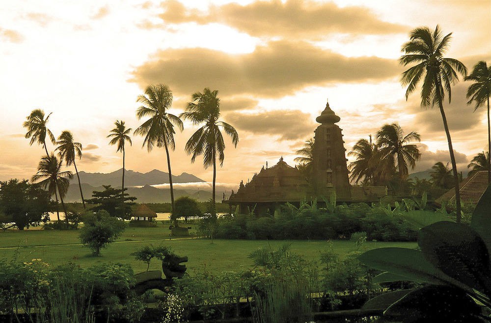 """The Hening Swarga Temple was saved from destruction and transformed into a spa at Hotel Tugu, Lombok, in Indonesia. Its name translates to Heavenly Silence or """"a heavenly serenity that is inspired by nirvana-like non-existence."""""""