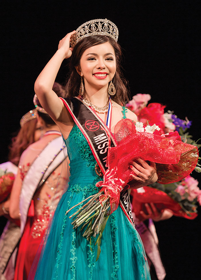 Running on a human rights platform, Anastasia Lin was crowned Miss World Canada on May 16, 2015. ( Sabrina Liu photography )