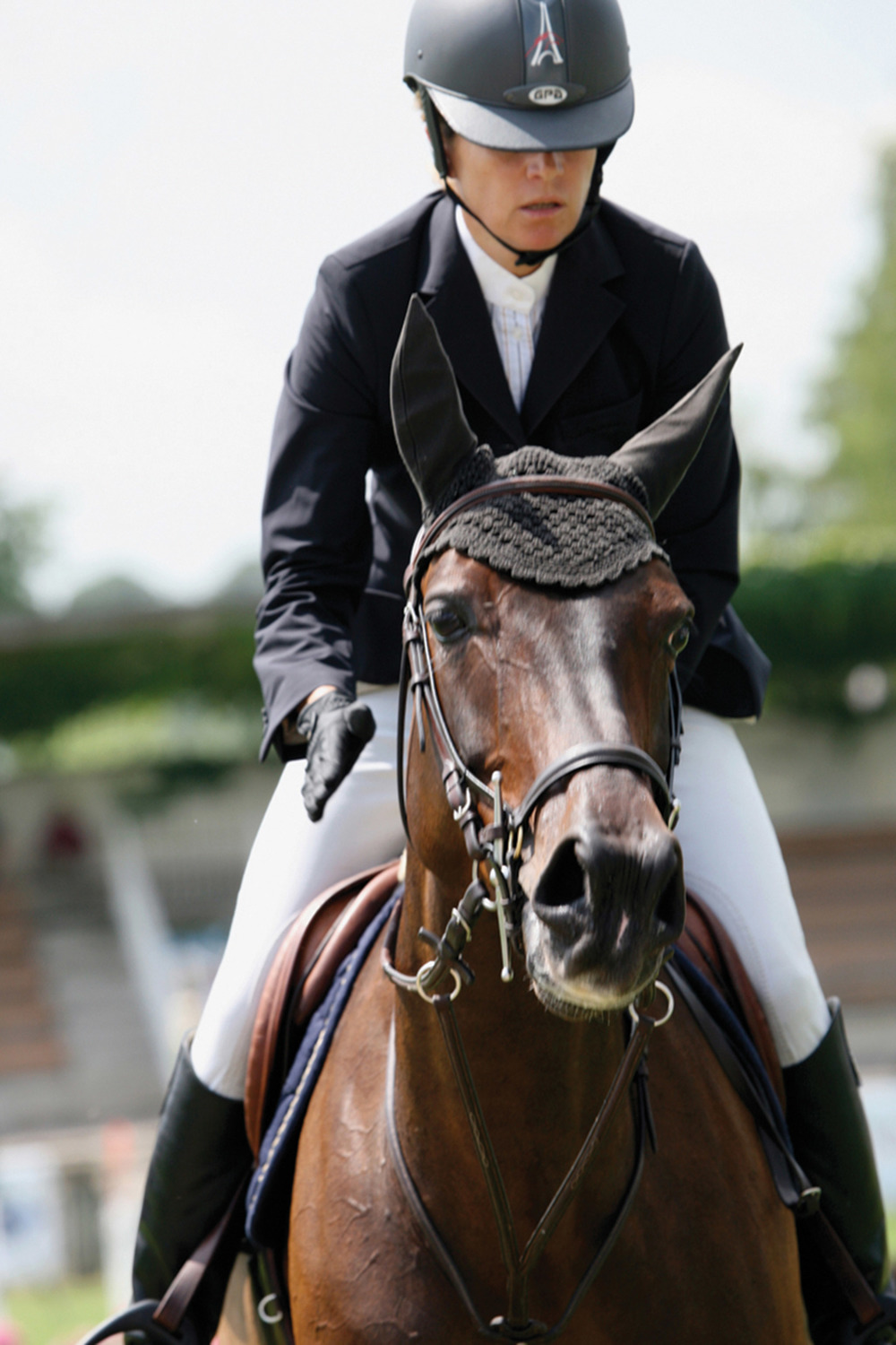 Couperie-Eiffel became the France champion of show jumping in 2005 on the saddle of Jolie B'Neville.
