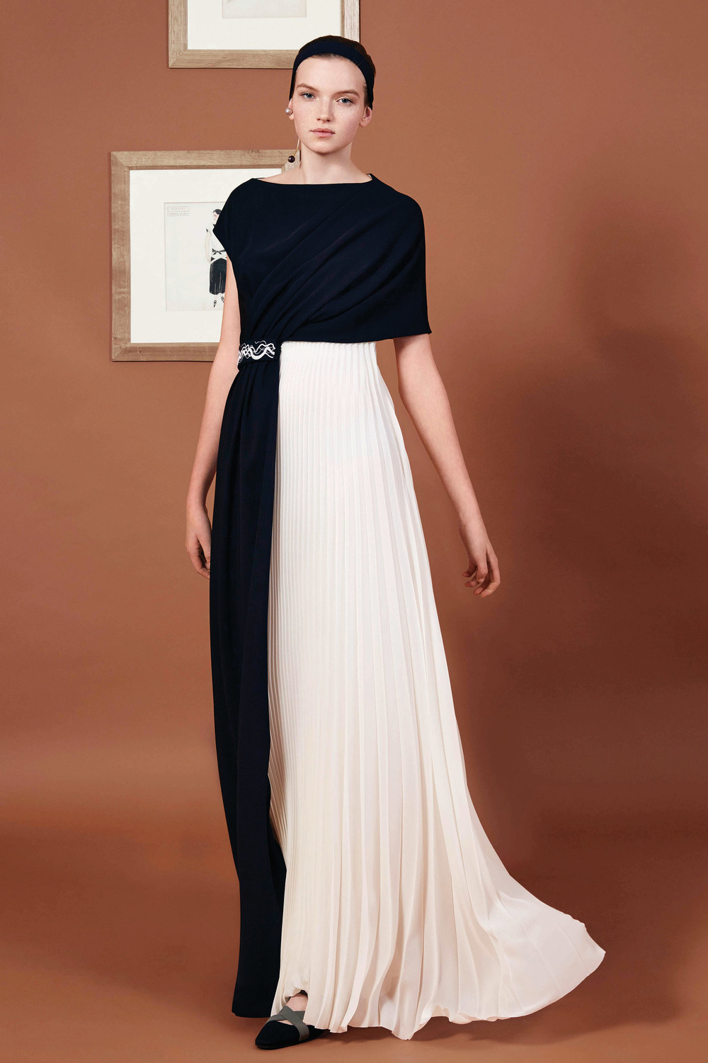 A 2016 interpretation gives a modern-day update to Vionnet's classic feminine forms.