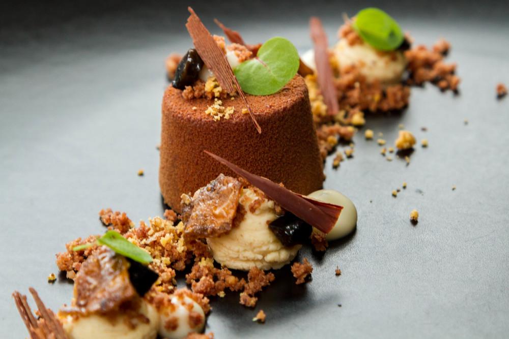 Bitter Chocolate Ganache:Walnut and Jerusalem Artichoke