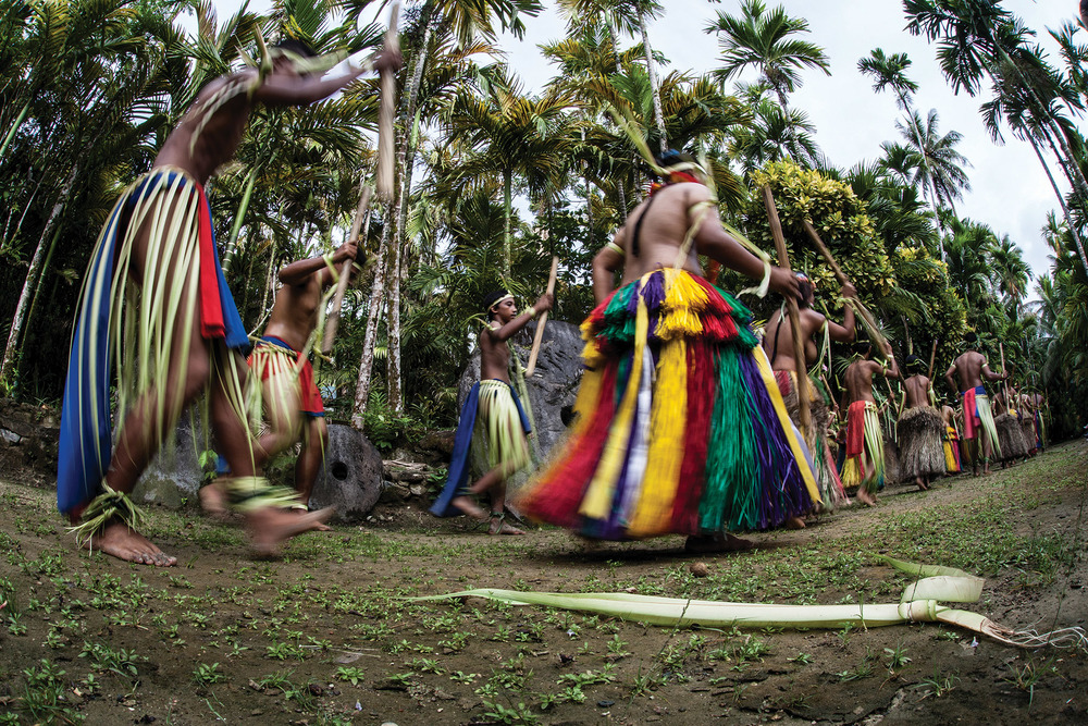 Ehe Yapese people of Micronesia are known for their skill in dancing.