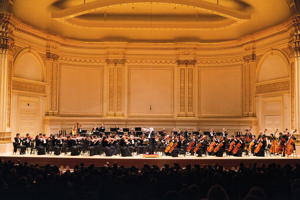 A packed house at Carnegie Hall savours Shen Yun Symphony Orchestra's new sound, blending Eastern and Western classical instruments. www.ShenYun.com