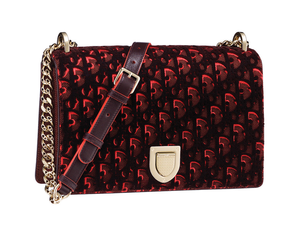 Dior Diorama Canvas With Tufted Velvet Embroidery US$4,400
