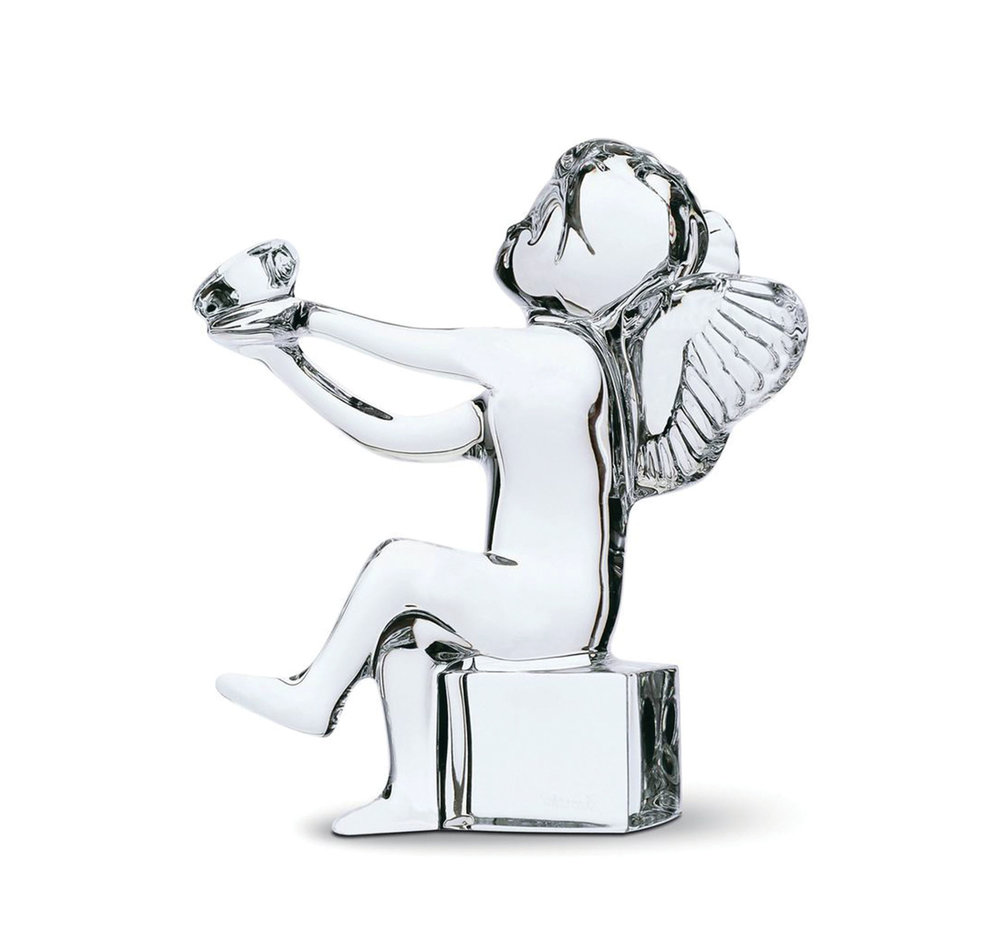 Baccarat Crystal Angel Holding Heart Figurine‭ ‬
