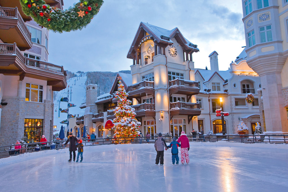 Families ice skate in Vail Village. Jack Affleck / Vail Resorts