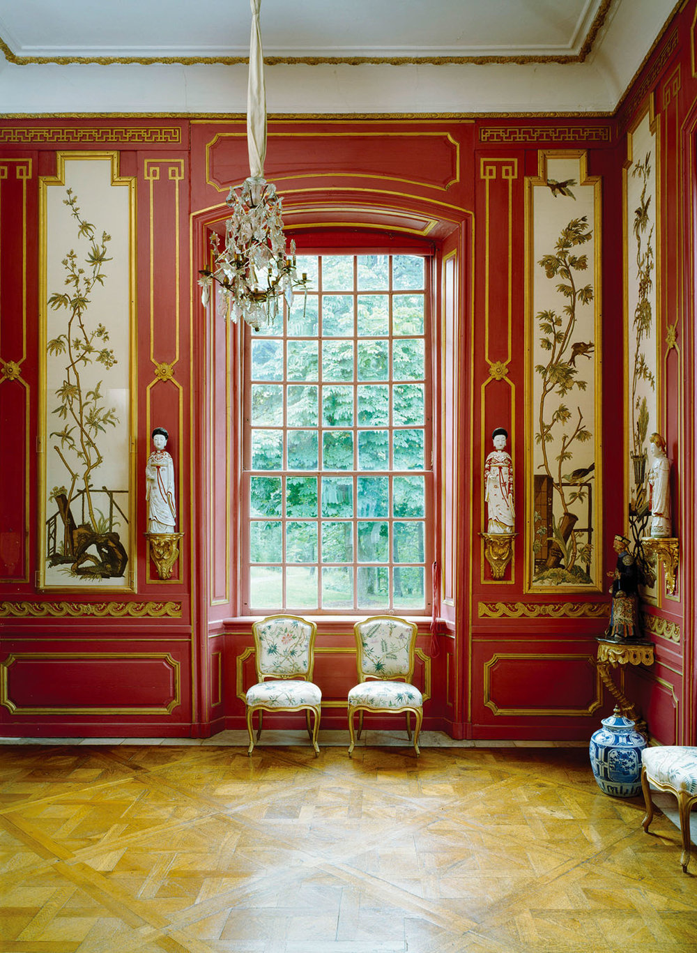 The porcelain, silks, lacquers and other luxury items shown in this red room in the Chinese Pavilion were all brought to Sweden from China.Photo courtesy of Swedish Royal Court