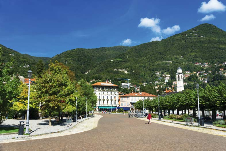 Just off the lake, the main square of Cernobbio has Harry's Bar and other attractions.  Mikadun / Shutterstock.com