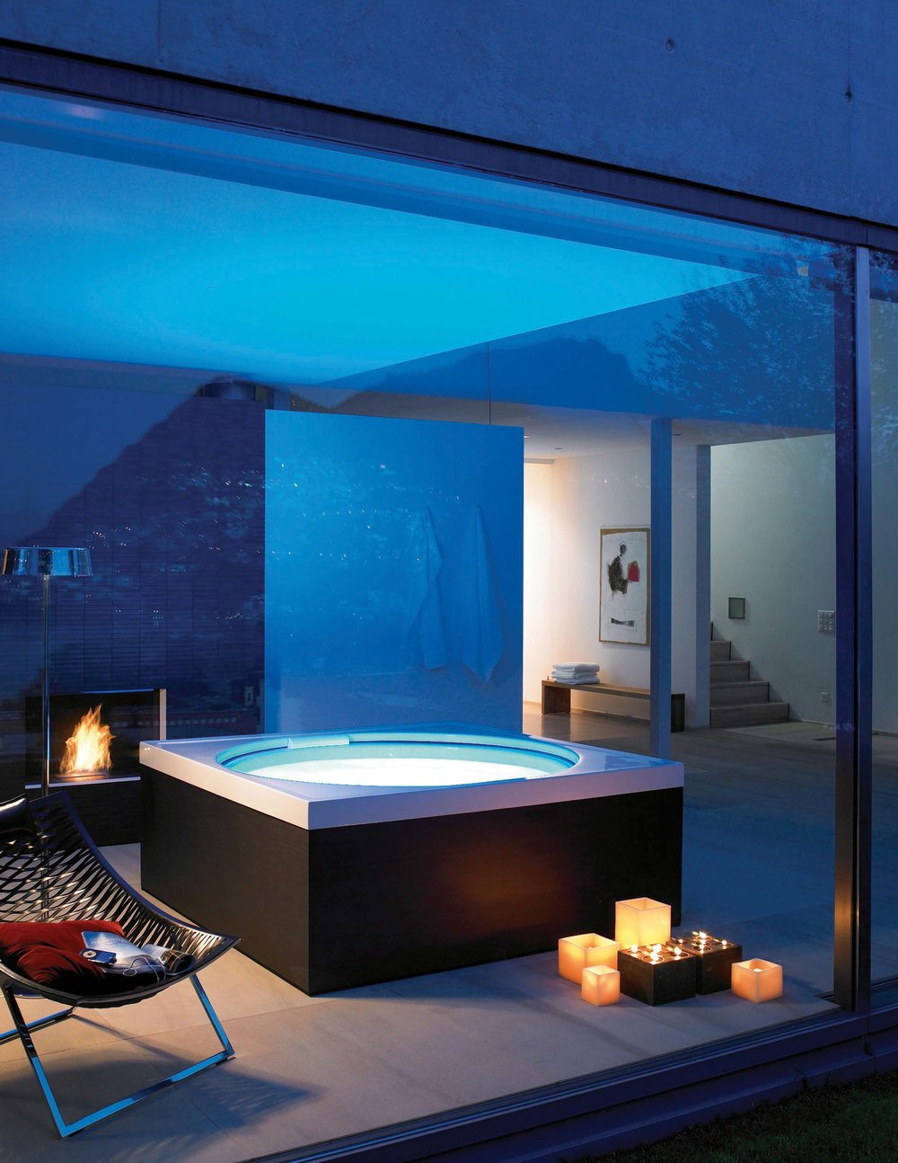 Duravit Blue Moon Pool & Bathtub Dual-purpose outdoor-indoor tub.