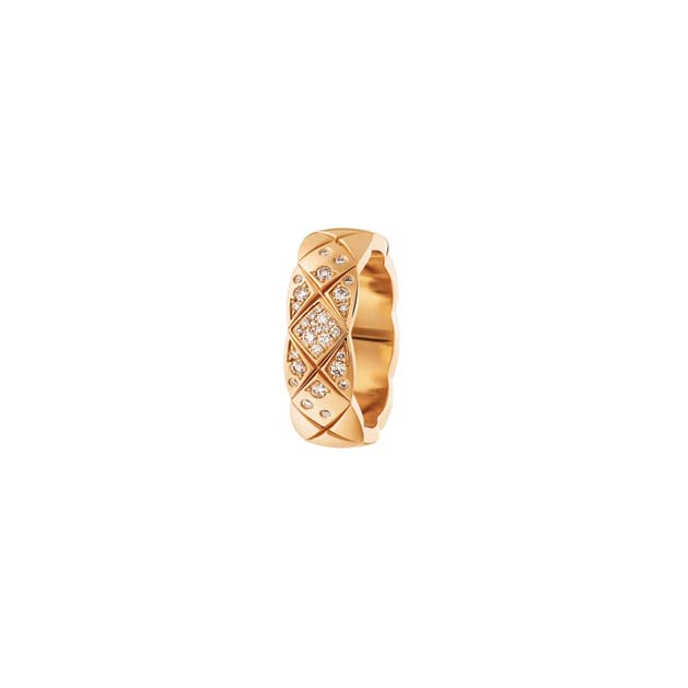 Coco Crush 18k Beige Gold Small Model Ring with Diamonds by CHANEL