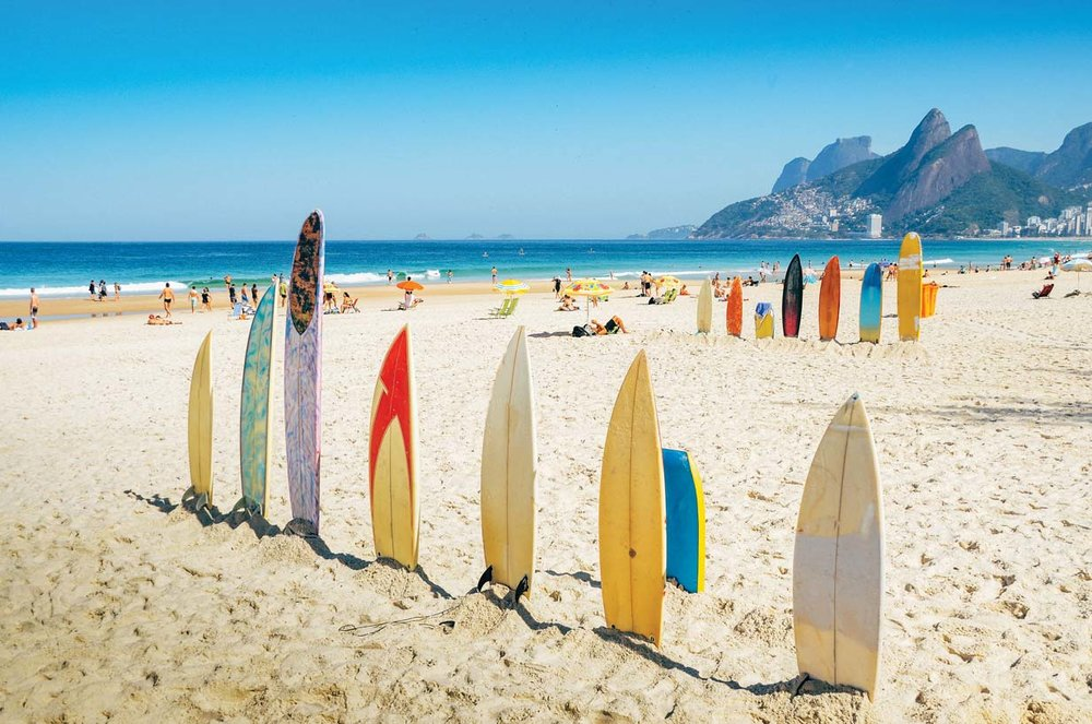 The best waves to surf on Ipanema Beach occur during the winter months.  Aleksandar Todorovic / Shutterstock.