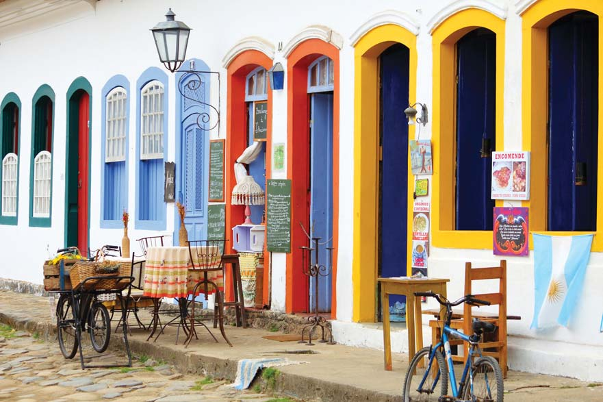 Colourful cafes serve up local Carioca flavours. Catarina Belova / Shutterstock;
