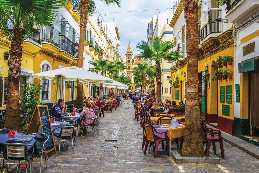 Diners enjoy an outdoor meal in the Old Town.trabantos /Shutterstock.com