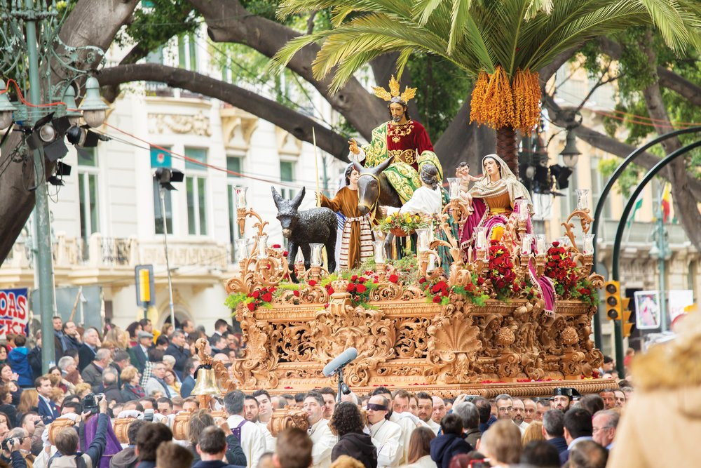 A float in the Palm Sunday procession;BigKnell / Shutterstock.com