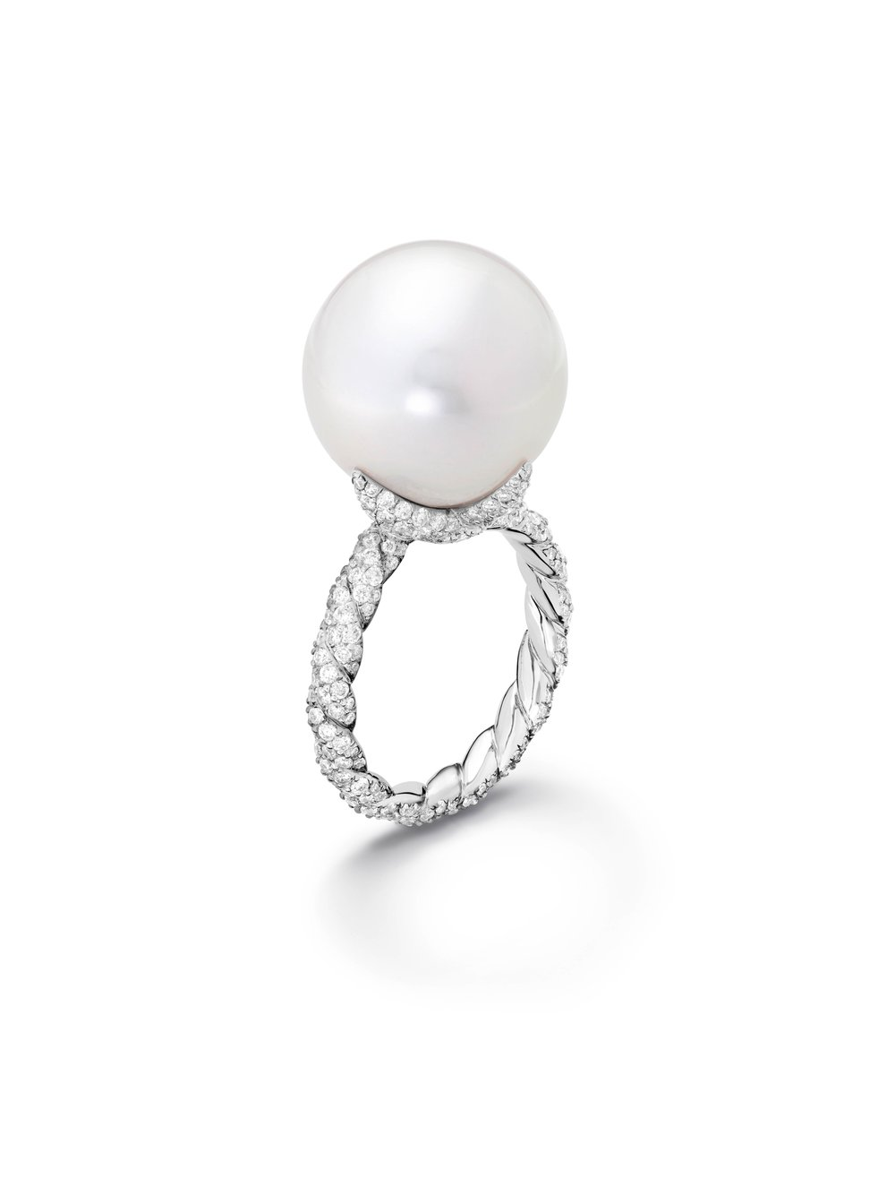 High Jewellery Pearl and Diamond Twist Prong in 750 White Gold Ring by David Yurman