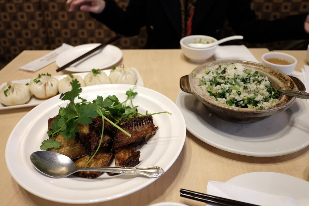 Pan fried pork buns, hotpot rice, dai fish.jpg