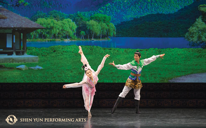 Lobjois dances buoyantly as she plays Chang'e in The Lady of the Moon; it's a Chinese legend that starts with love and excitement, but ends in sorrow as Chang'e drinks an elixir of immortality that separates her forever from her husband.(c) copyright by Shen Yun Performing Arts