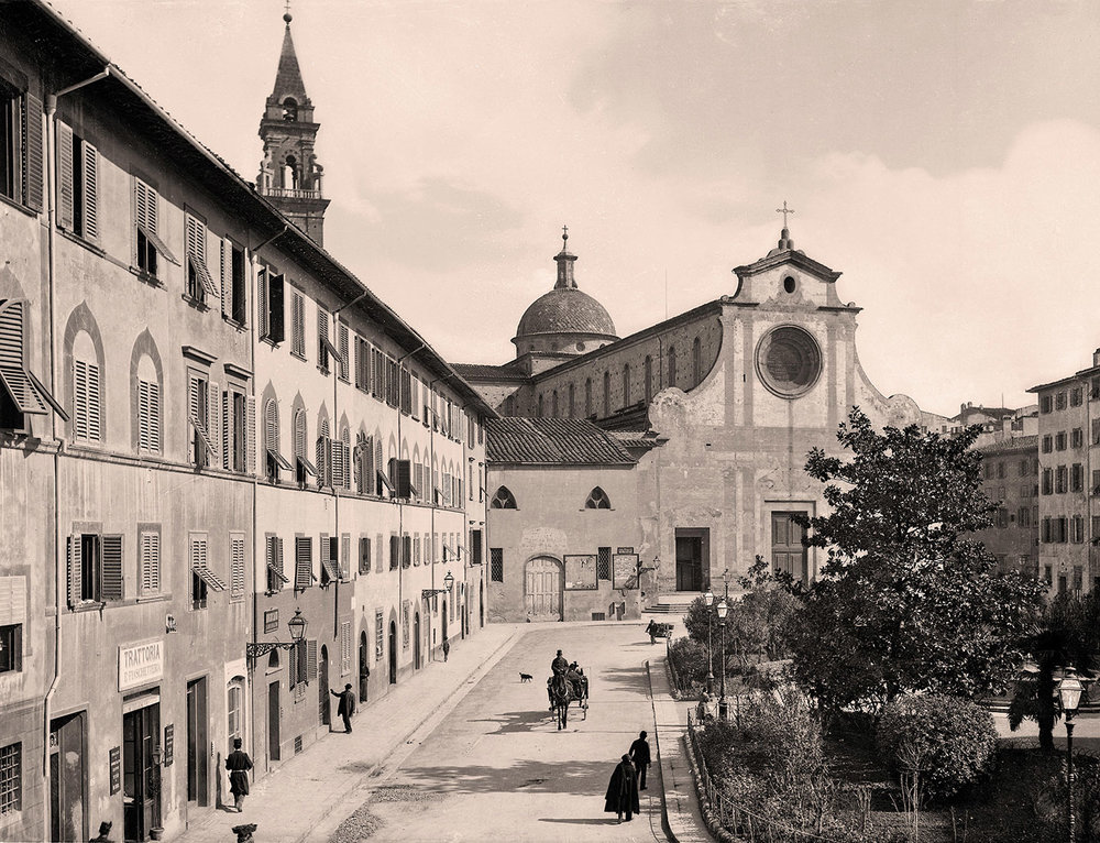 The historic centre of Florence, Italy, where the Savio Firmino workshop opened in 1941 and continues operations to this day. Photography by Alinari, Fratelli