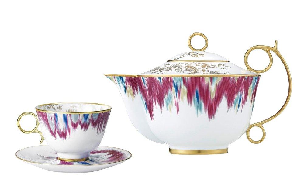 Hermès Voyage En Ikat Teapot, Cup & Saucer