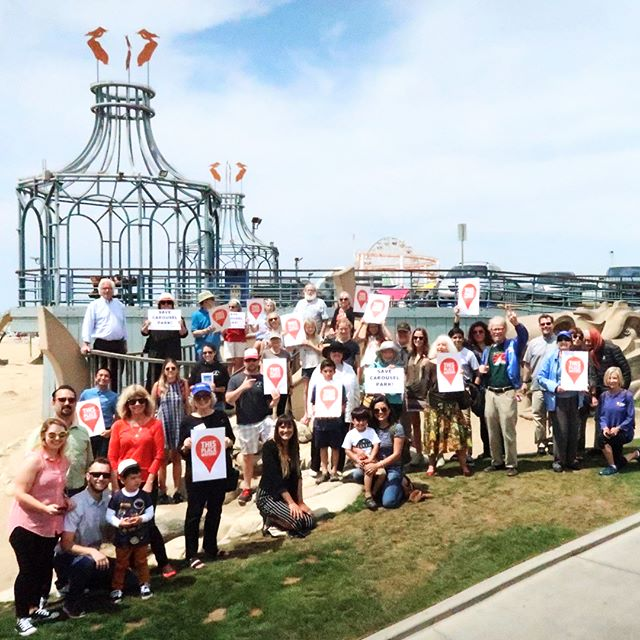 Save Carousel Park! Successful This Place Matters photo shoot. Thank you for coming! See you all at the Landmarks Commission hearing July 9 at 7pm in City Hall Council Chambers! Link in bio @savingplaces #thisplacematters #savecarouselpark #santamonica #santamonicapier #postmodern #postmodernism #historicpreservation #tclf #santamonicaconservancy #landscape #architecture #landscapearchitecture #moorerubleyudell #campbellandcampbell