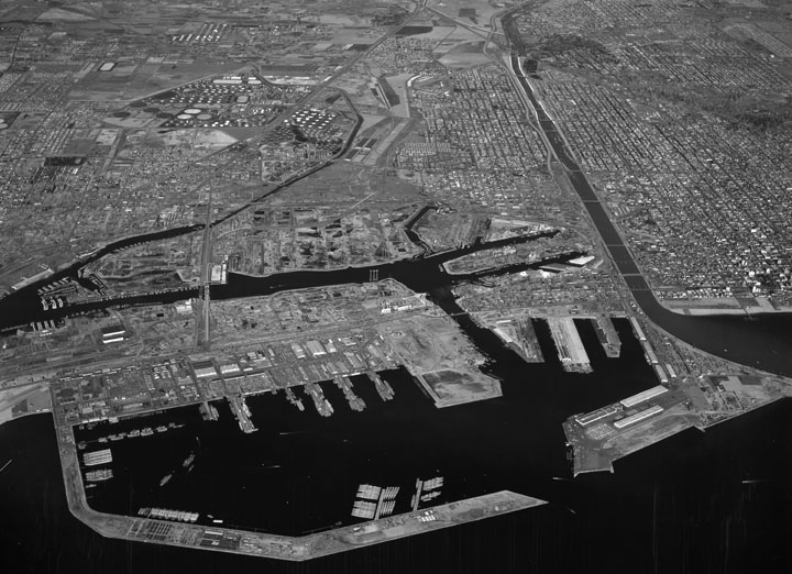 Port of Long Beach, west - LAPL 1955.jpg