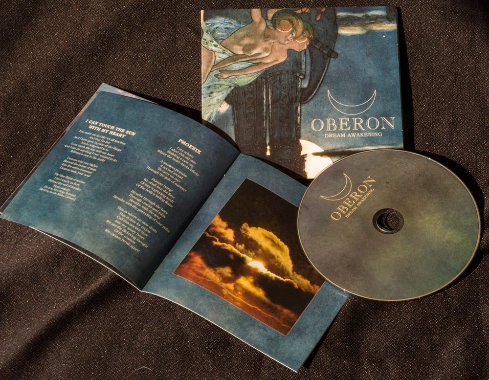 DREAM AWAKENING - PROPHECY PRODUCTIONS, 12. SEPTEMBER 2014Oberon's first album in 13 years.
