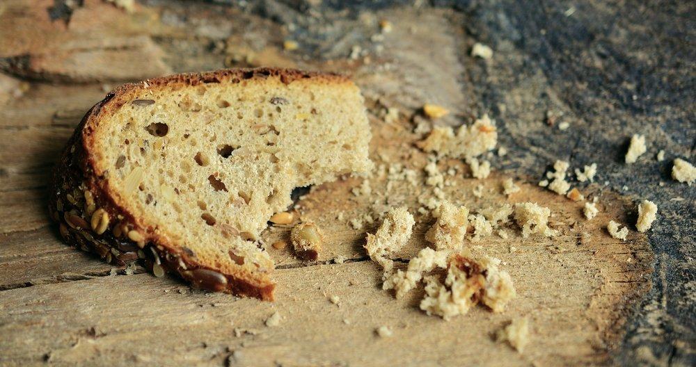 bread-2542308_1920.jpg