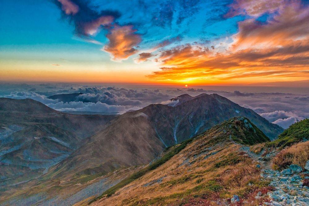 sunset-2177324_1920.jpg