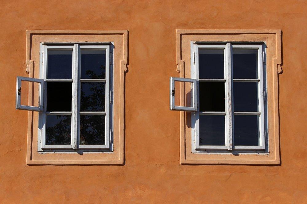 window-941625_1920.jpg