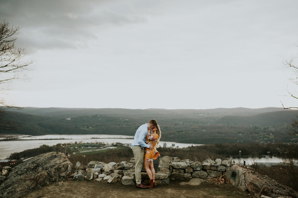 west-point-engagement-session_0117.jpg